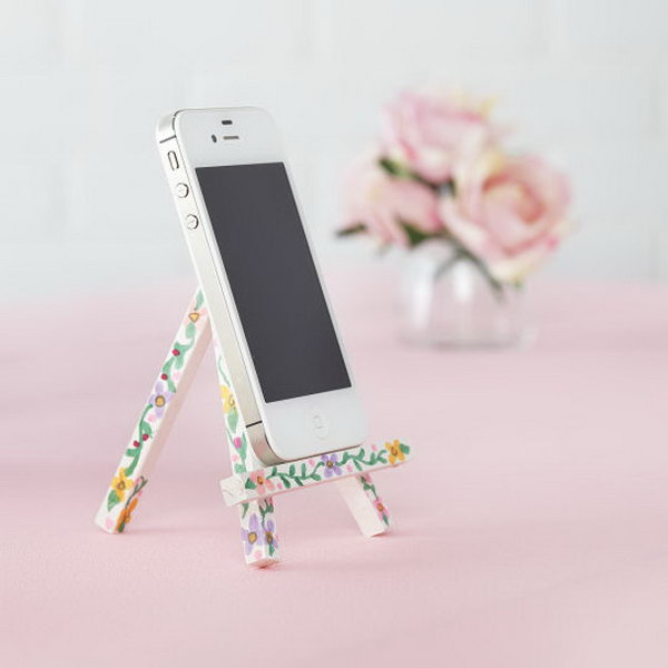 40 DIY iPhone Stand and Tripod Ideas - Hative