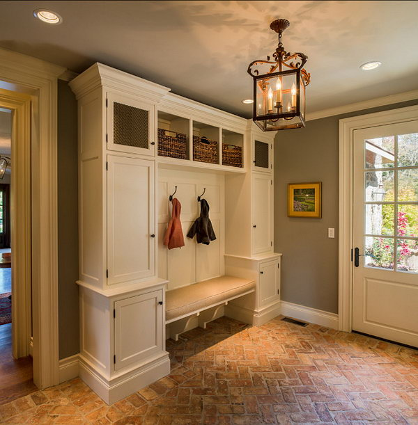 30+ Awesome Mudroom Ideas