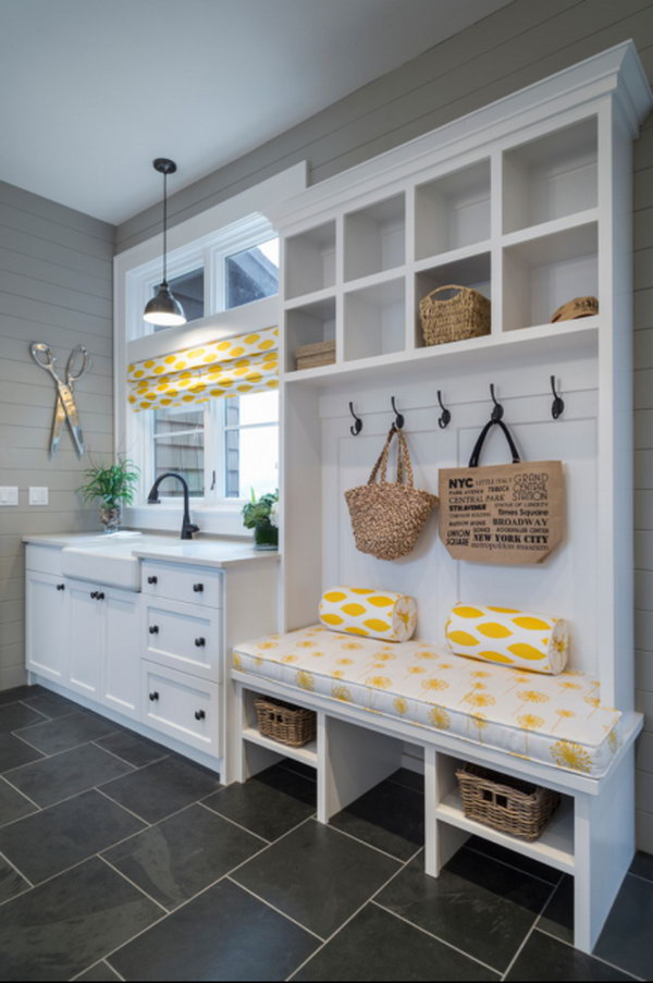 Fresh look. This charming mudroom is done to perfection!