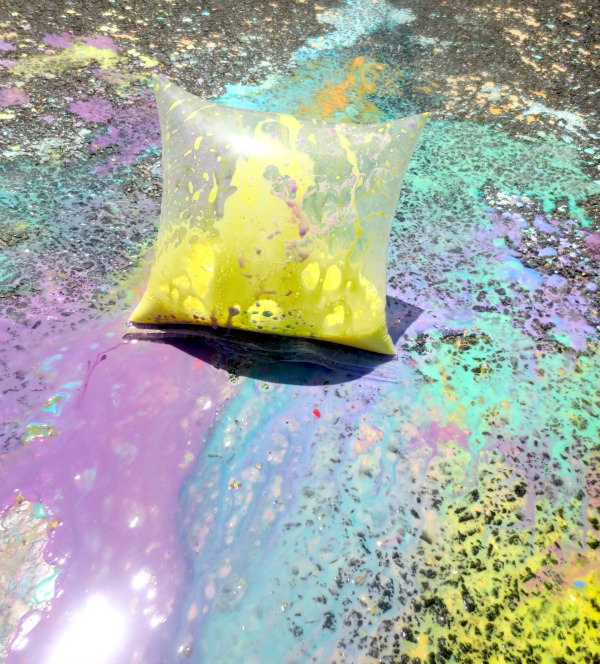 Exploding Paint Bags. Fill the bag with liquid chalk mixture, such as tsp of corn starch, vinegar and food coloring. Seal the bags completely. As they pop they send sidewalk chalk bursting out to create beautiful art for kids.