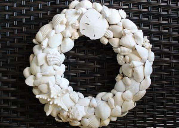 Summer Shell Wreath.