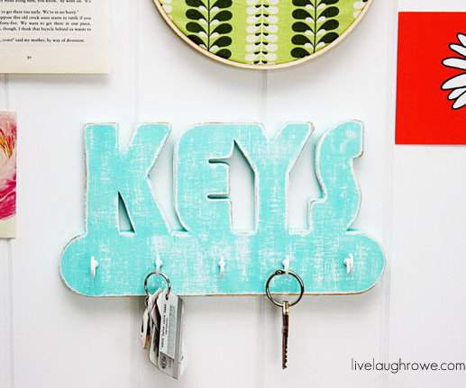 20+ DIY Key Holder Ideas