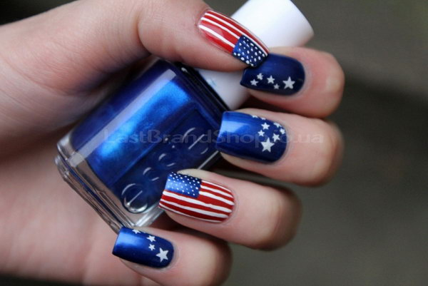 Classic Stars and Stripes Nail Art: What makes this classic stars and  stripes manicure look - 30+ American Flag Inspired Stripes And Stars Nail Ideas & Tutorials