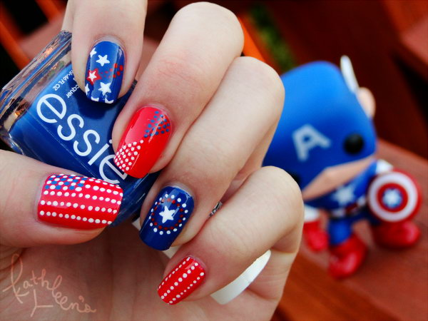 Captain America Inspired Nail: Many girls are big fans of the hero. This nail in honor of the country of freedom and Captain America On 4th of July has so many eye catching details! I'm loving it! See more here.