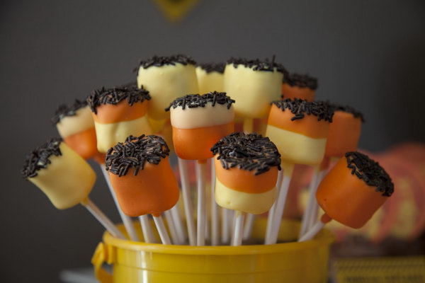 Cute Yellow and Orange Marshmallow Pops