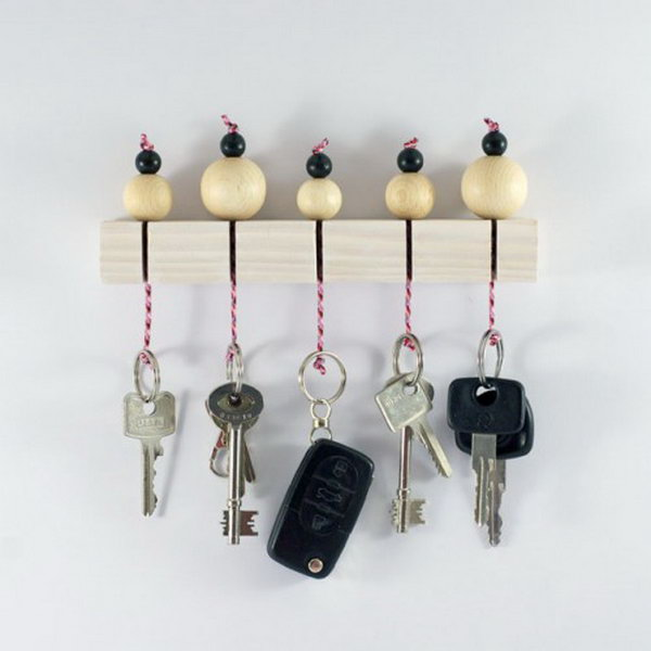 DIY Key Holder With Wooden Beads