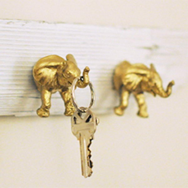 Spray Paint Dollar Store Plastic Animal Toys for Cute Key Holders.