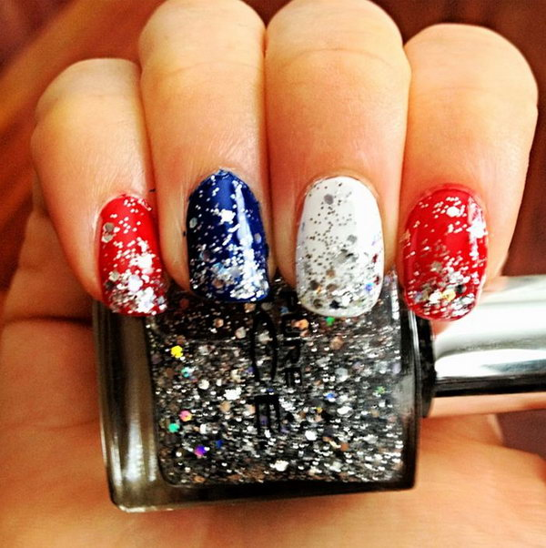 20+ Glitter 4th of July Nail Art Ideas & Tutorials - Hative