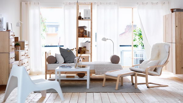 In this living room, the combination of natural wood and a - 15+ Beautiful IKEA Living Room Ideas - Hative