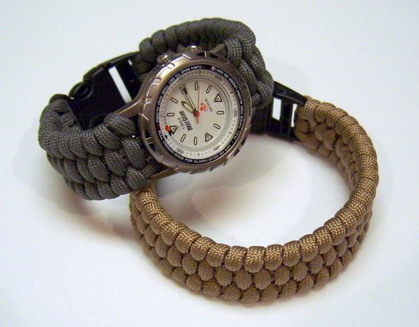 Cool DIY Paracord Watchband and Bracelet