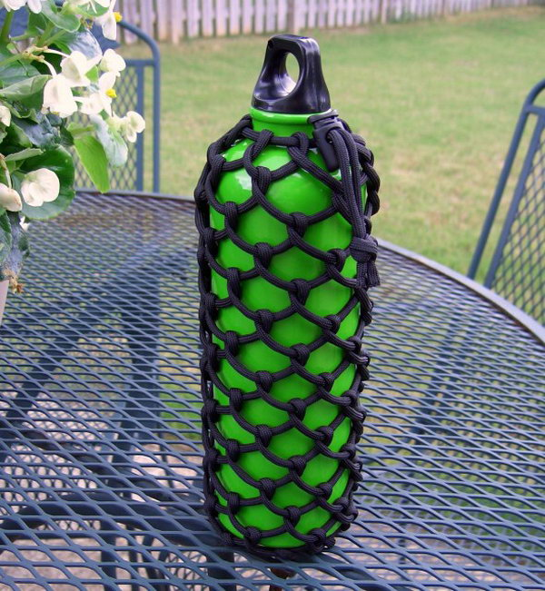 DIY Paracord Water Bottle Sleeve