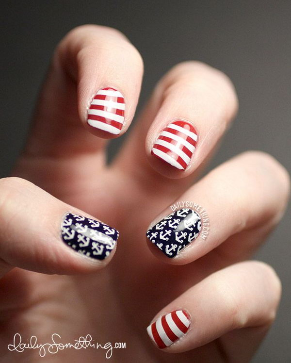 Patriotic Anchors and Stripes Short Nails: These very simple to recreate nails use the classic nautical symbols embodying the anchors and stripes can also be looking American themed. And they look very clean and cute.
