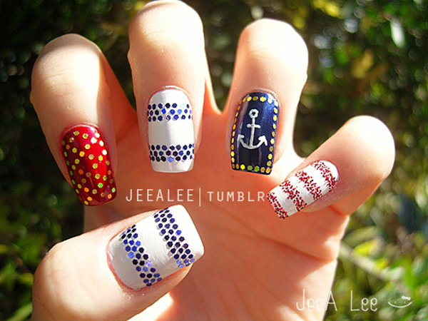 4th of July Nautical Sequins Nails: With the clever sequins set, this patriotic nautical nail creates a great 4th of July nails look that is just you, but totally shows your pride.