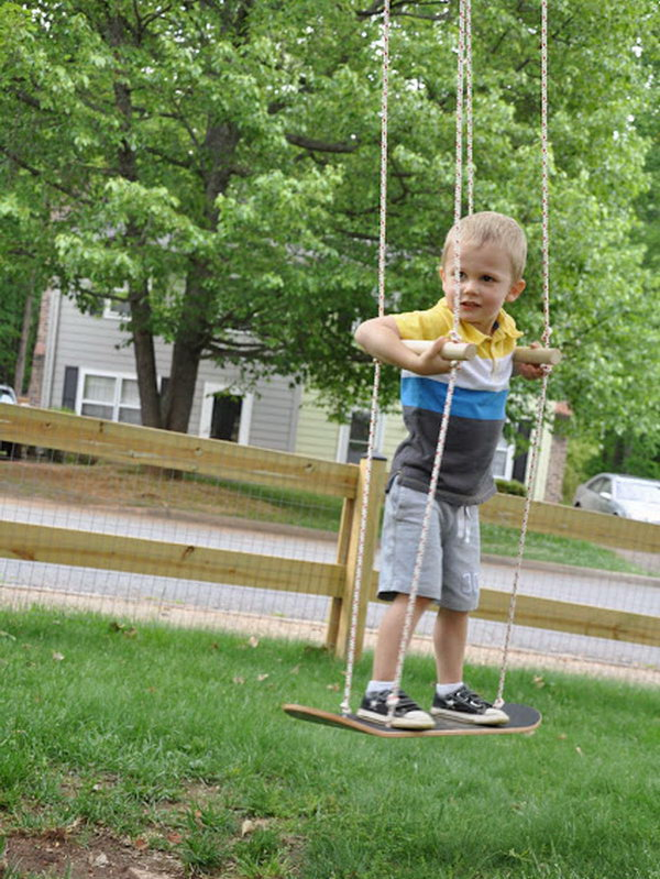 Skateboard Swing: Treat you little ones with the swing fun using this 20 minute crafter. Let it be made with your kids' hands and it'll be great experience for them. Head over to check out the tutorial