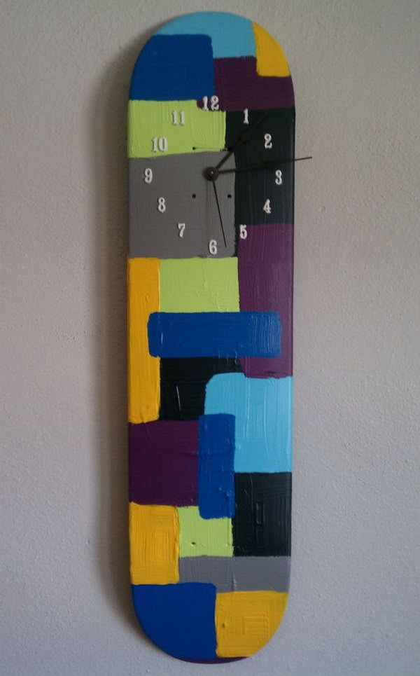 20 fun and creative skateboard upcycling ideas hative repurposed skateboard deck wall clock solutioingenieria Gallery