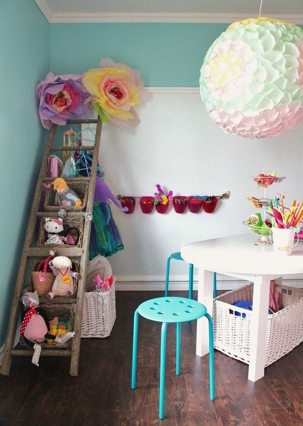 25 clever creative ways to organize kids 39 stuffed toys. Black Bedroom Furniture Sets. Home Design Ideas