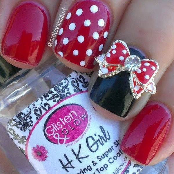 Mini Mouse Disney Nail Design.