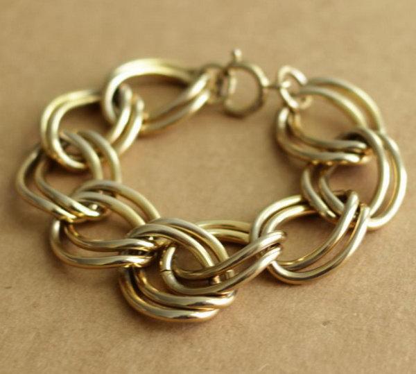 DIY Chain Bracelet. Get the instructions