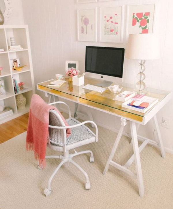 15 diy computer desk ideas tutorials for home office. Black Bedroom Furniture Sets. Home Design Ideas