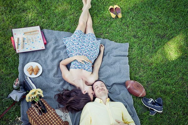 Good First Date Ideas - What To Do On A First Date - Hative