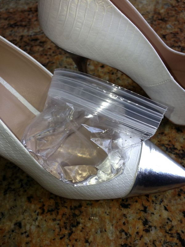 Use Ice to Stretch New Stilettos That Are Too Tight