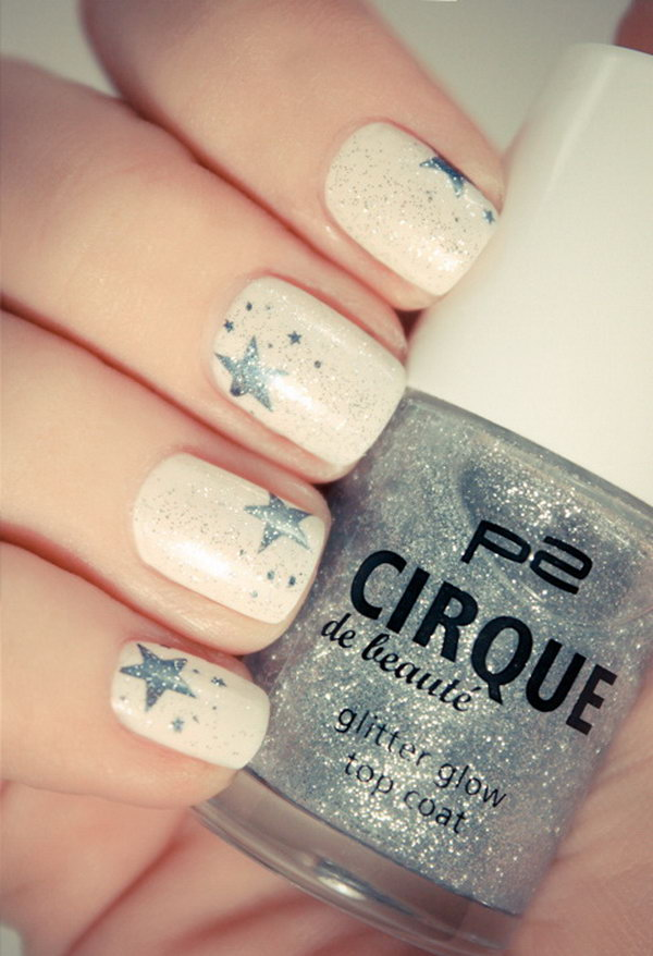 Beige Nails with Gray Stars - 50+ Cool Star Nail Art Designs With Lots Of Tutorials And Ideas - Hative