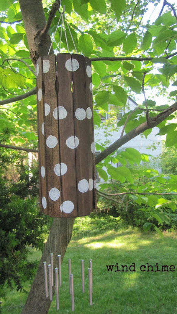 Paint Stick Wind Chime. Get the tutorial