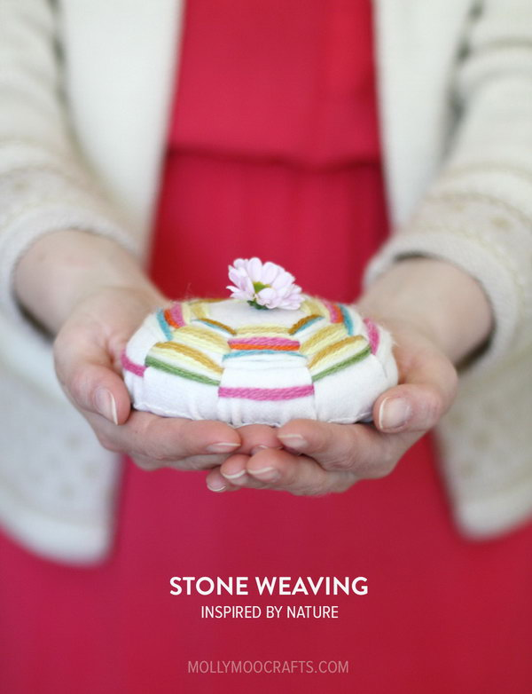 Stone Weaving Craft. See the tutorial