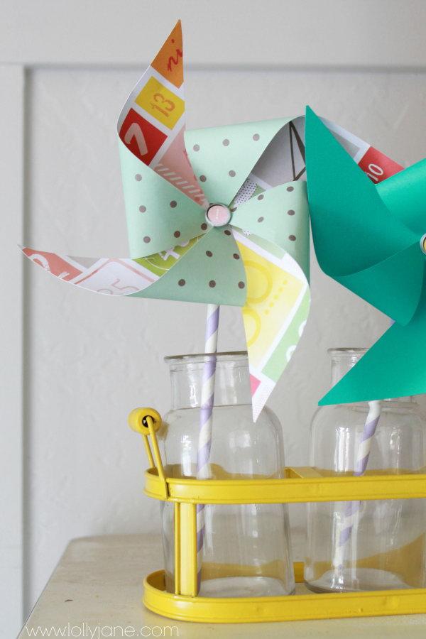 DIY Summer Decor Pinwheel. Get the tutorial