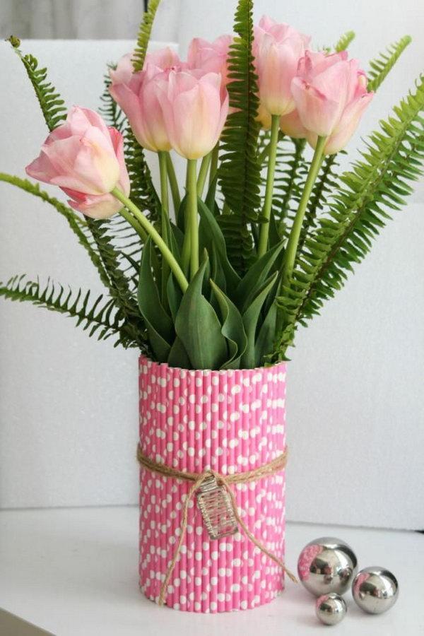 Straw Flower Vases.