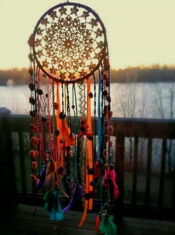 Adorable DIY Dream Catcher.