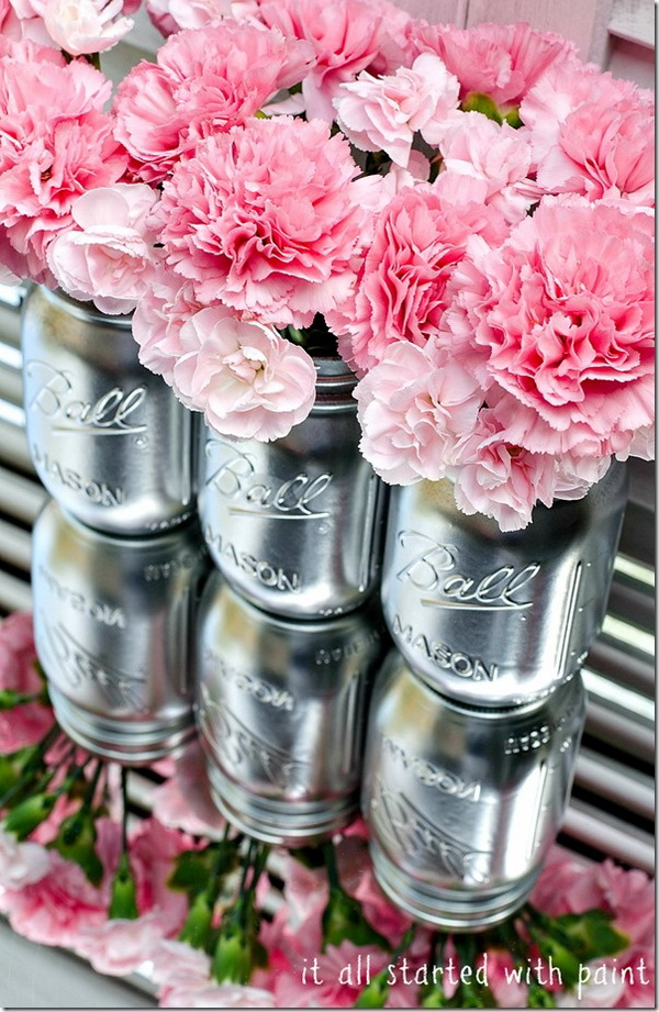 DIY Metallic Look Mason Jars.