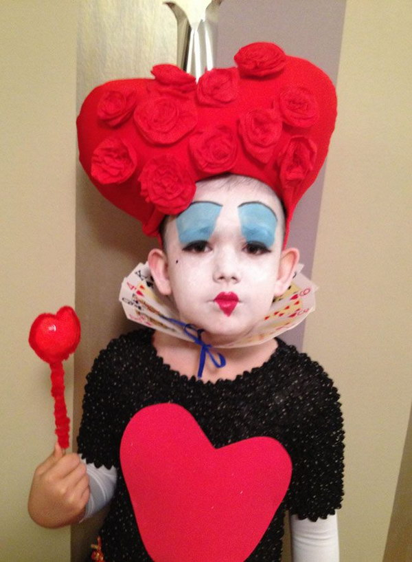 DIY Queen of Hearts Headpiece