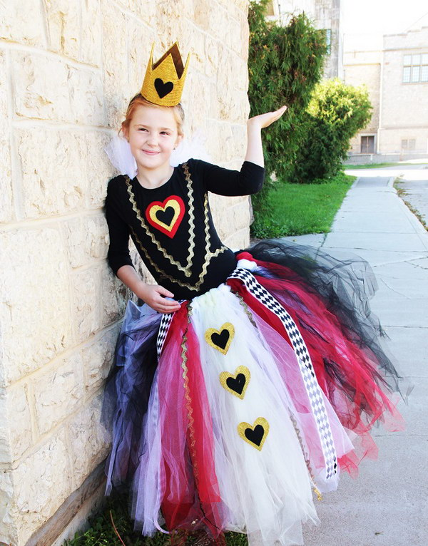 diy no sew diy queen of hearts costume tutorial