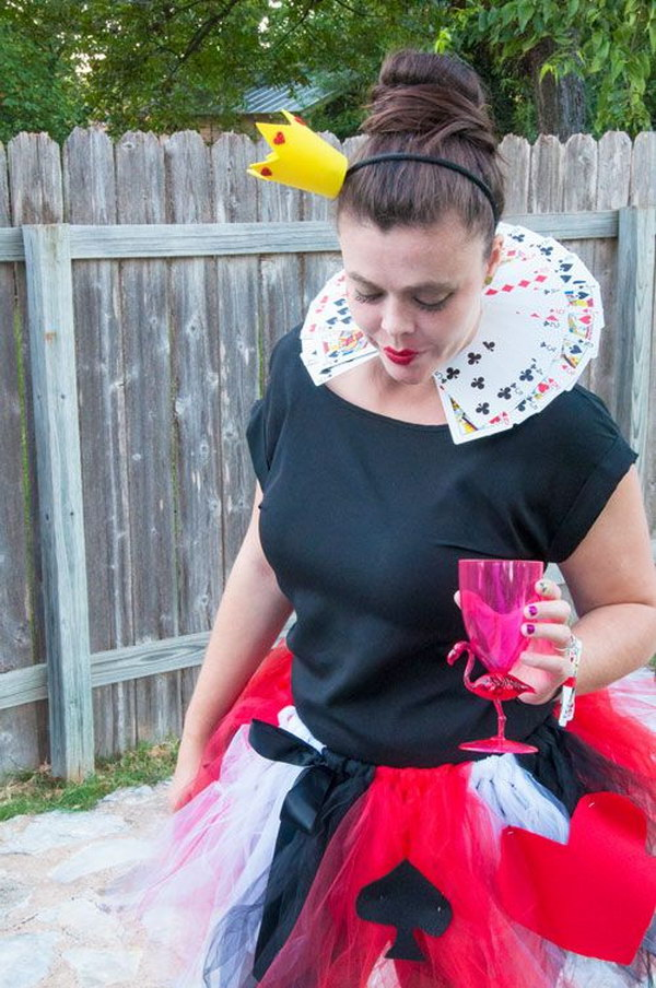 DIY Queen of Hearts Tulle Tutu
