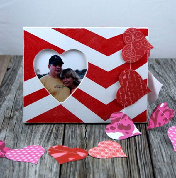 DIY Photo Frame With Your Pictures.