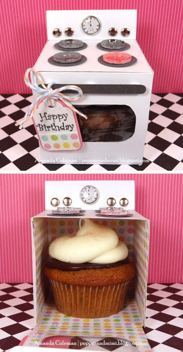 35 creative diy gift basket ideas for this holiday hative diy oven cupcake gift box negle Images