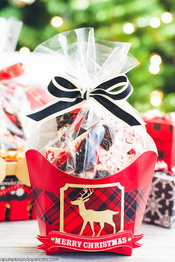 DIY Oreo Peppermint Bark