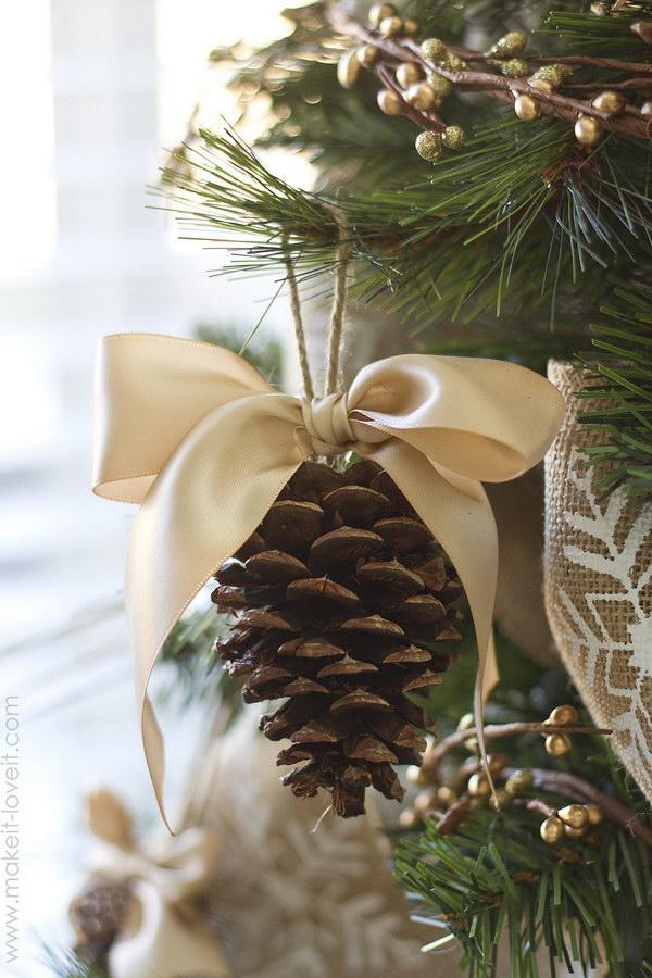 Pine Cone Bow Ornament.