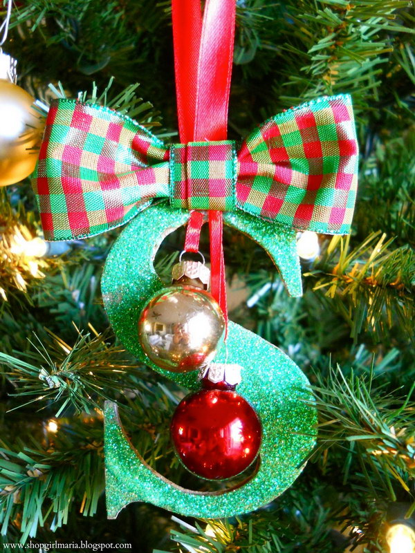 30 diy christmas ornament ideas tutorials hative for Easy to make christmas decorations at home
