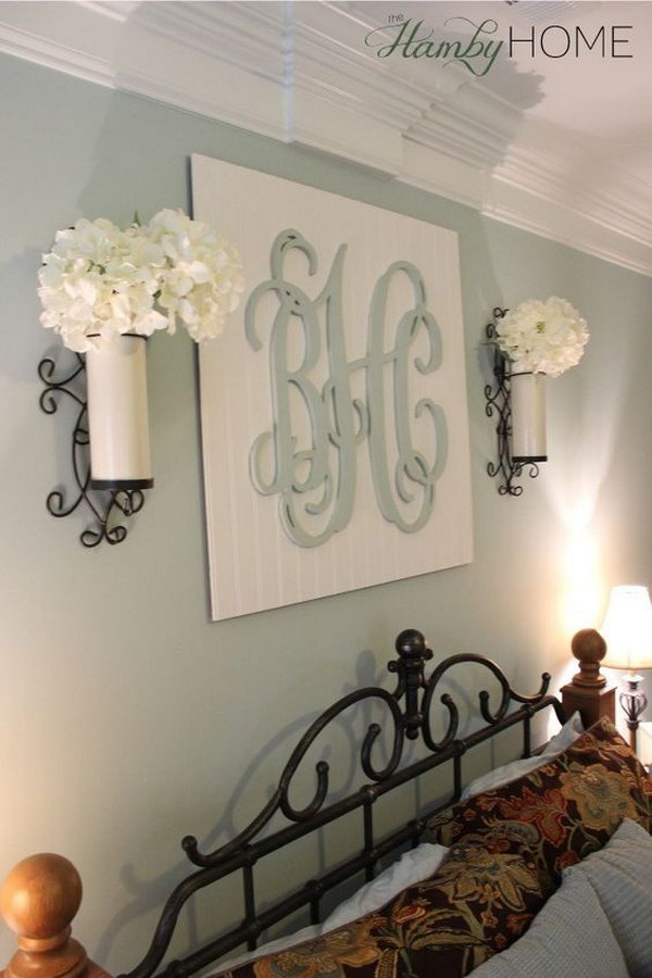 Superbe DIY Monogram Wall Art