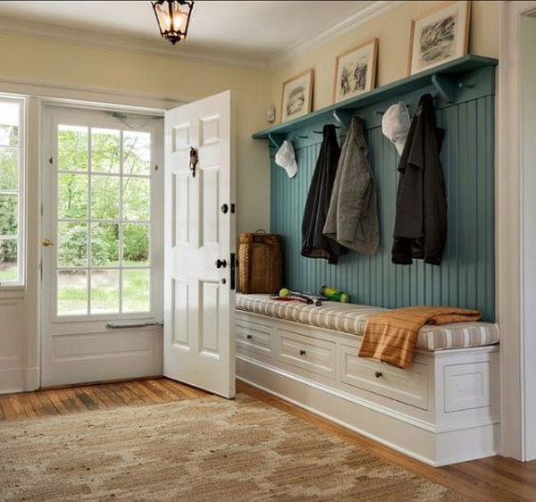 Enchanting farmhouse entryway decorations for your for Basement entry ideas