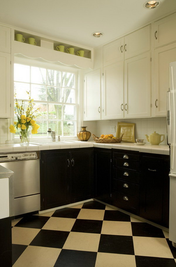 Dark upper kitchen cabinets for Upper kitchen cupboards