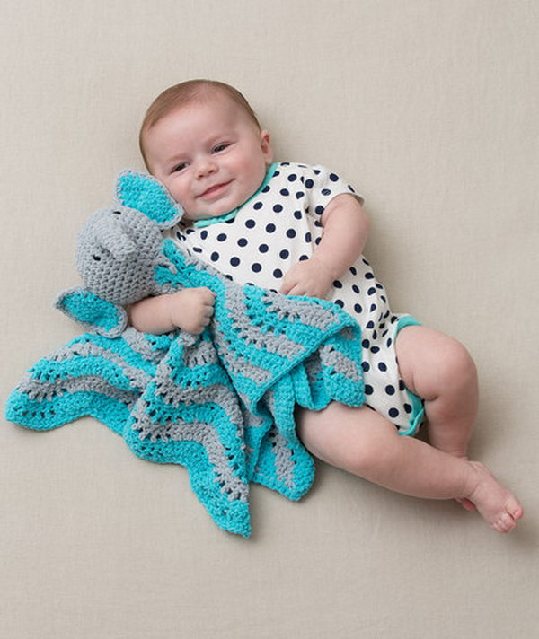 Crochet Baby Blanket Patterns With Animals : Cool Crochet Patterns & Ideas For Babies - Hative