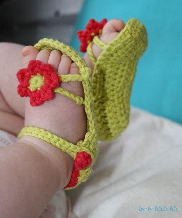 Crochet Pattern Ideas : Cool Crochet Patterns & Ideas For Babies - Hative