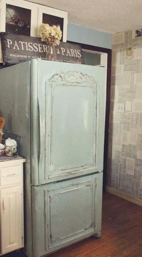 破旧别致的冰箱化妆