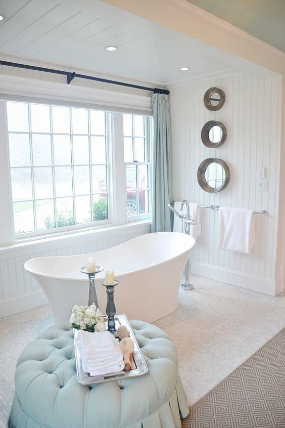 Calm & Relaxing Bathroom.