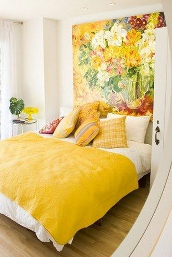 how to make a small bedroom look bigger creative ways to make your small bedroom look bigger hative 21255