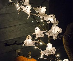 21-halloween-decorations