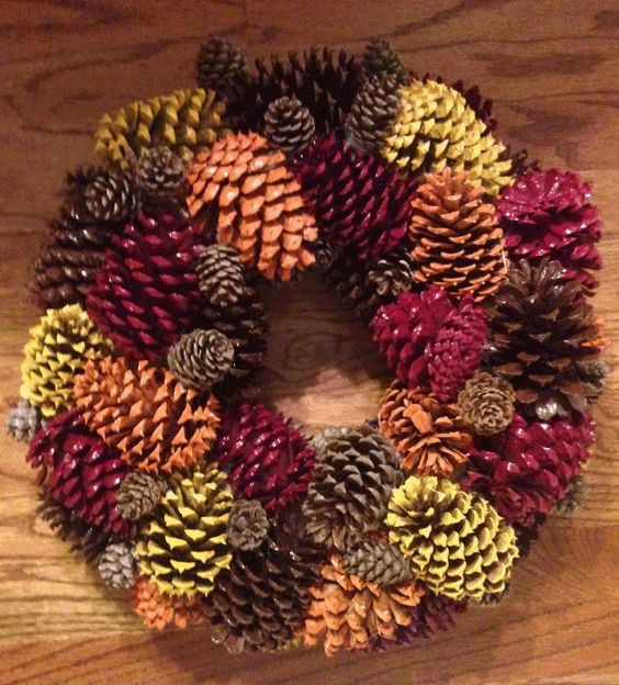 Easy DIY Pine Cone Wreath.